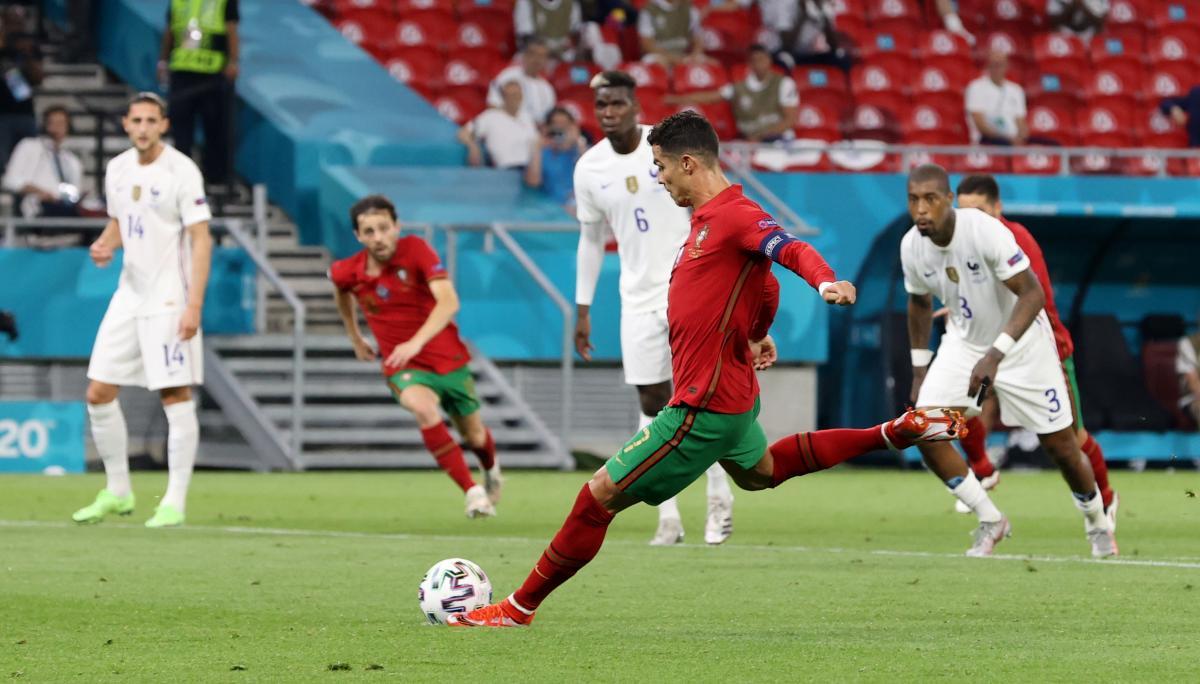 Криштиану Роналду дважды забил с пенальти / фото REUTERS
