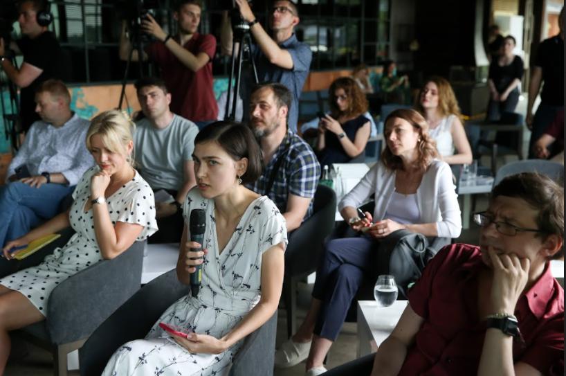 Журналісти запитали про подальшу долю мартенівських печей /фото УНІАН