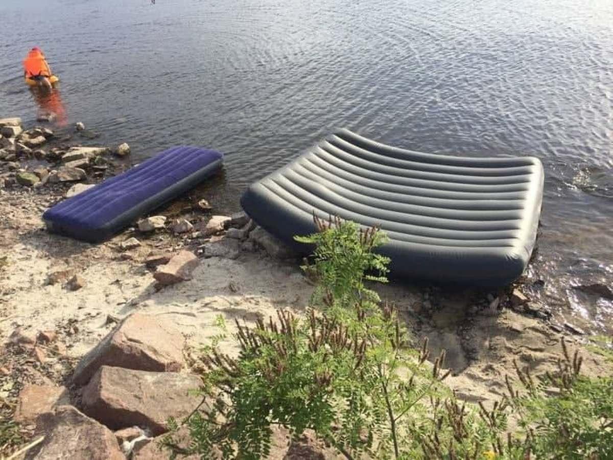 На Киевском море погиб отец и двое детей / фото t.me/dsns_telegram