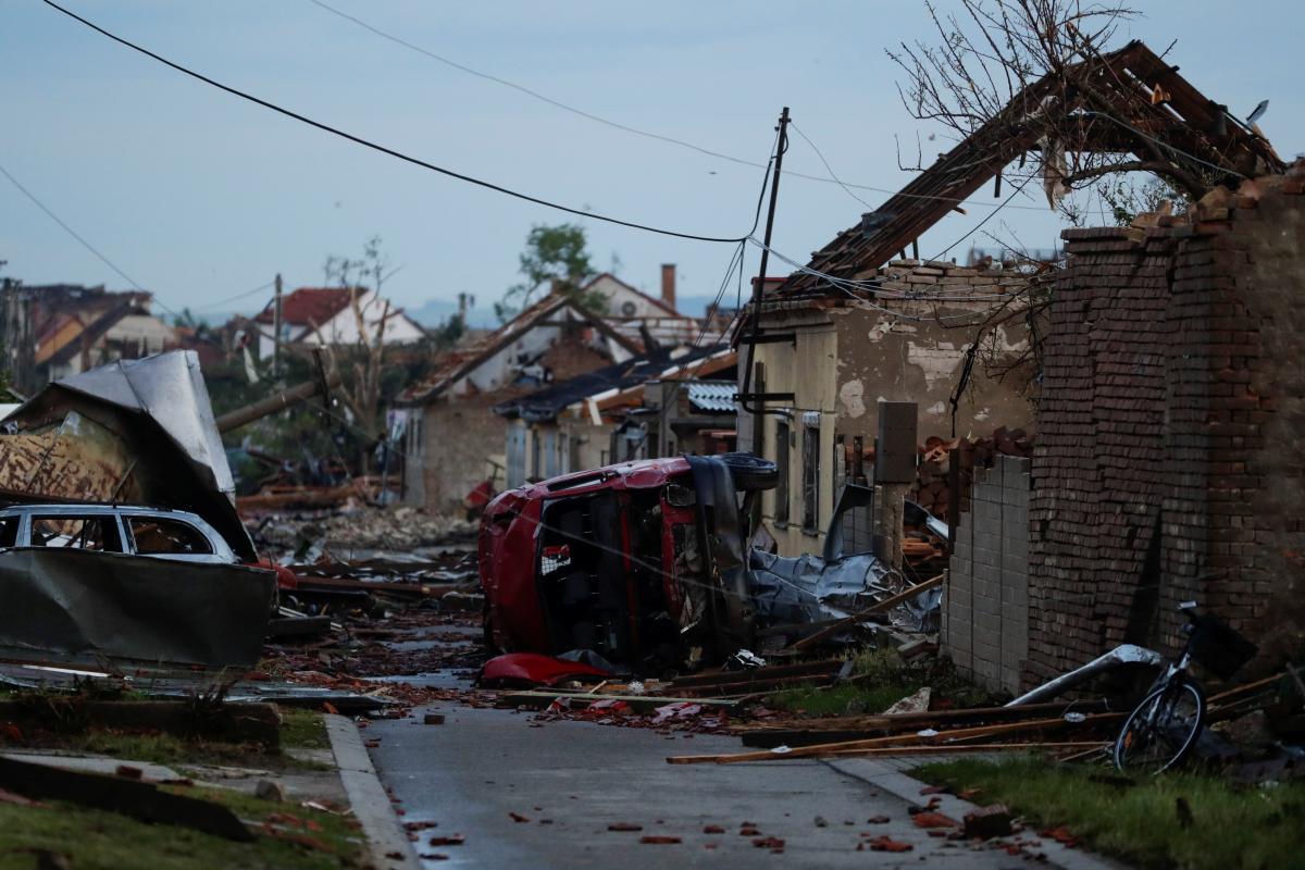 На Чехию обрушился мощный торнадо \ фото REUTERS