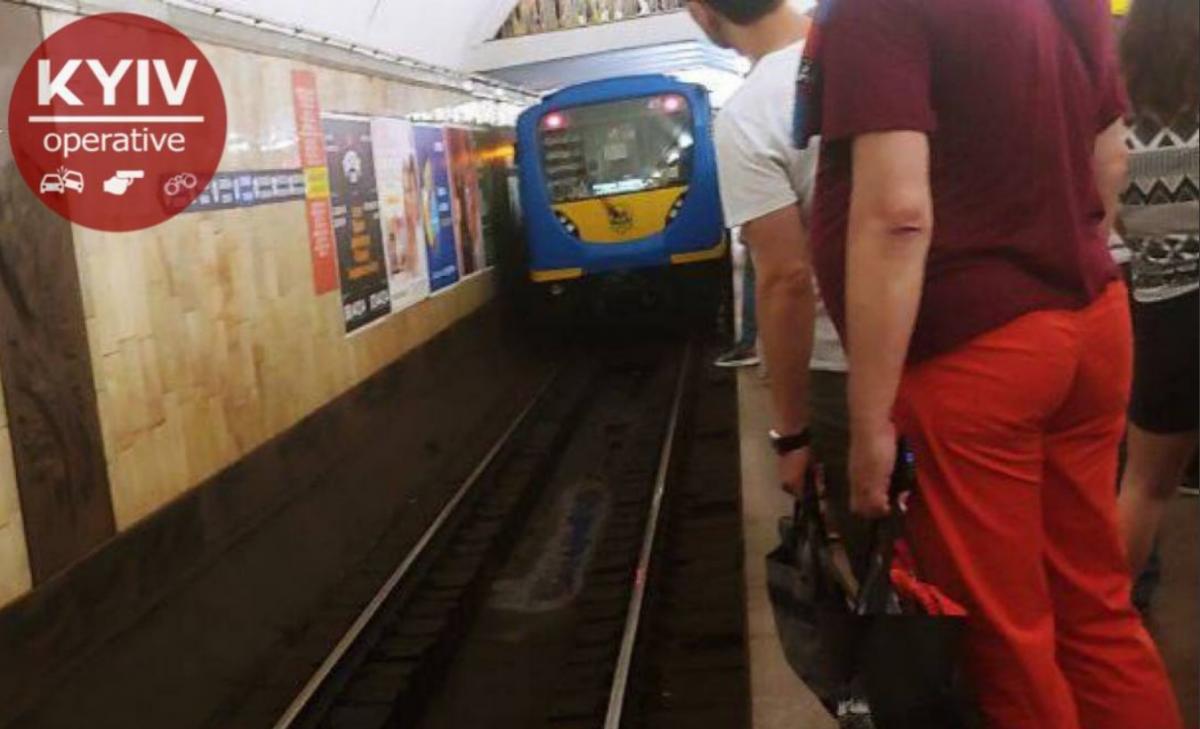 Движение поездов остановлено на неопределенный срок / фото Киев Оперативный