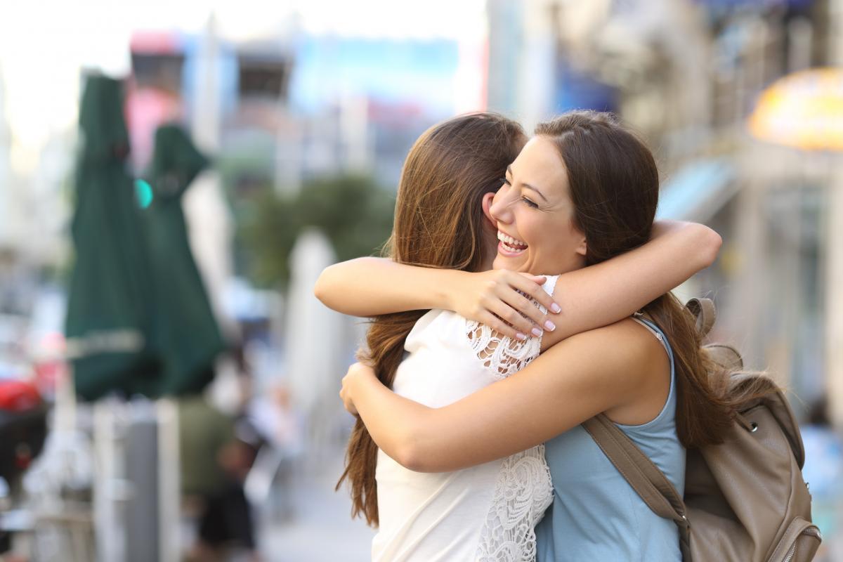 Міжнародний день обіймів / ru.depositphotos.com