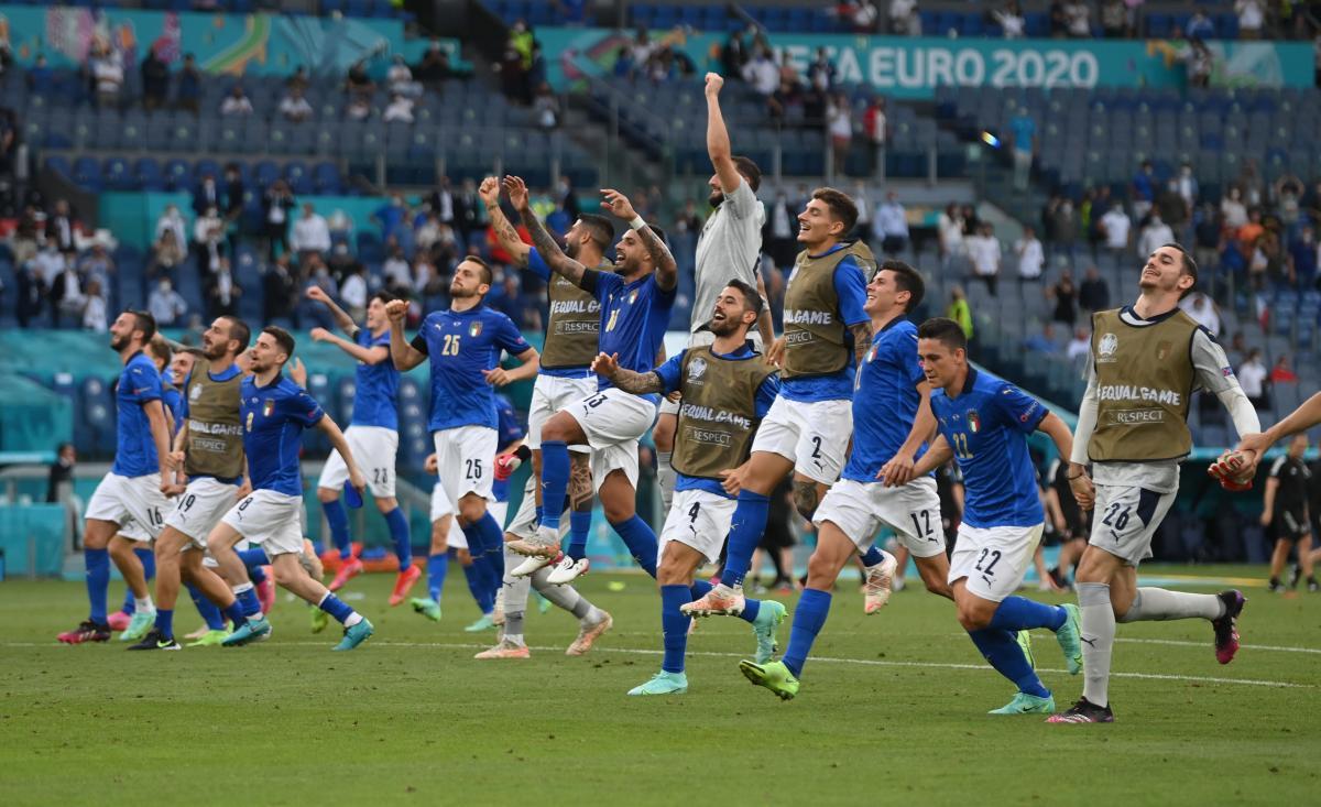 Сборная Италии выиграла все 3 матча в группе и является одним из фаворитов турнира / фото REUTERS
