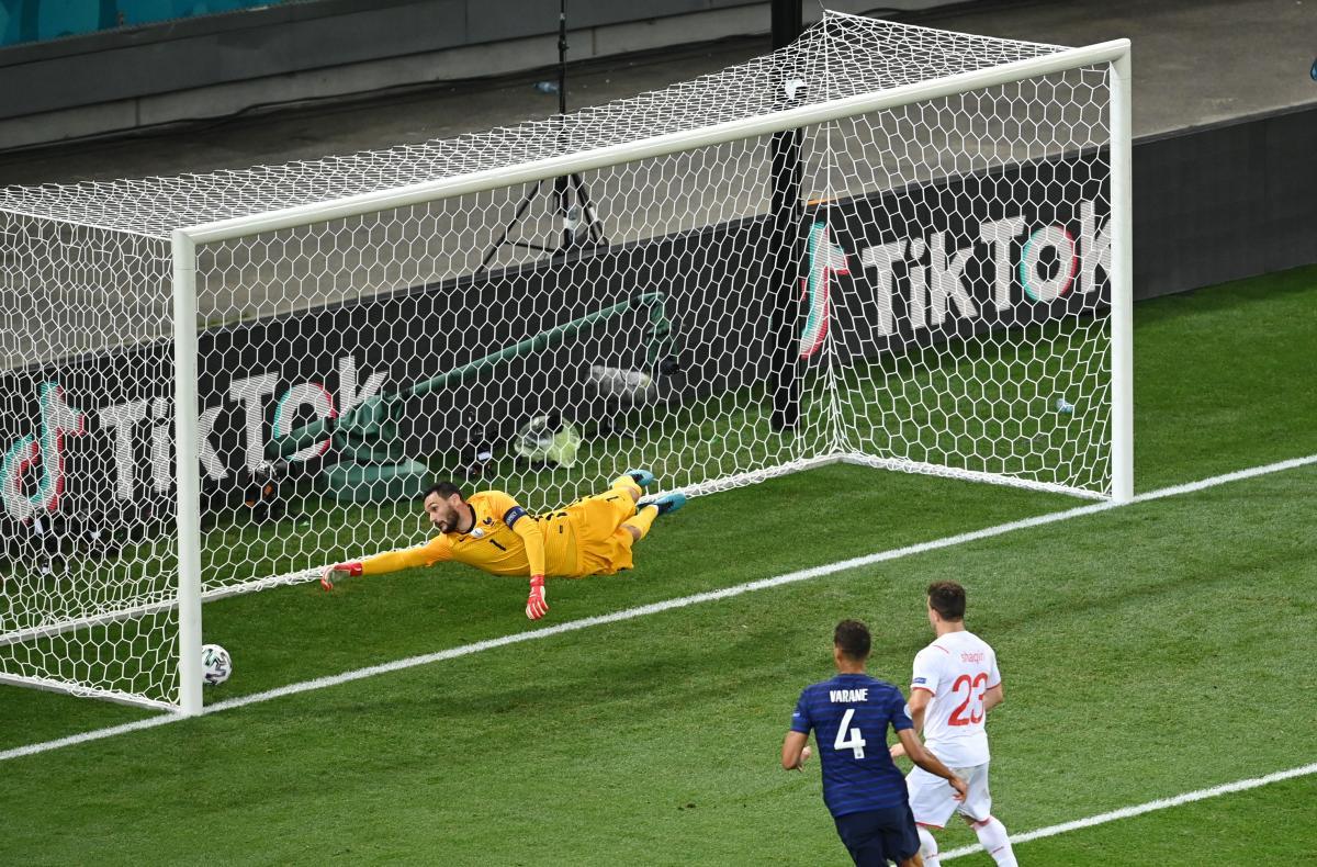 Момент с первым голом в матче / фото REUTERS
