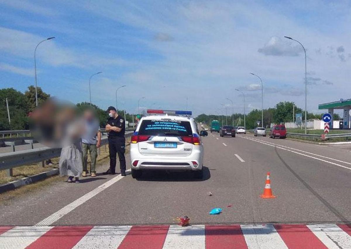 """Водитель сбил ребенка на """"зебре"""" / фото pl.npu.gov.ua"""