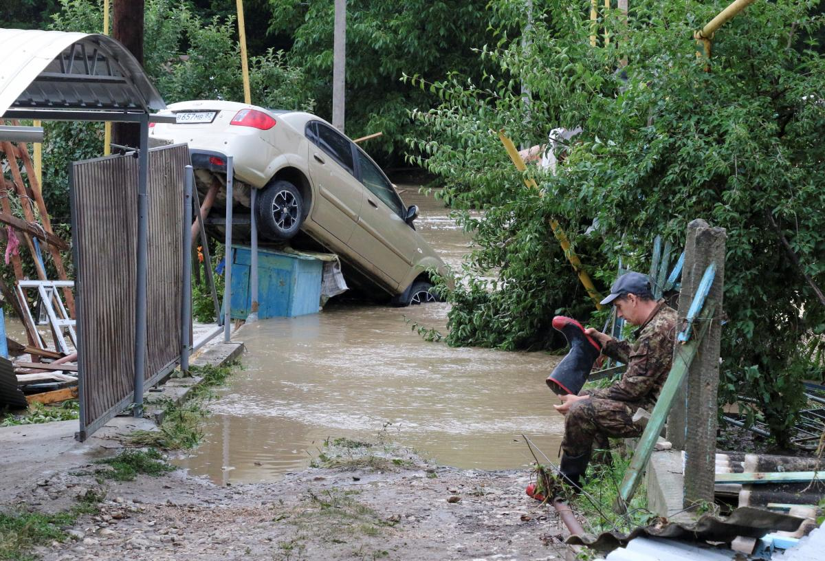 На Крым снова обрушились ливни / фото REUTERS