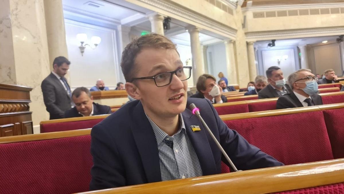 Нардеп Брагар испугался, что его могут отравить фото Facebook/ Евгений Брагар
