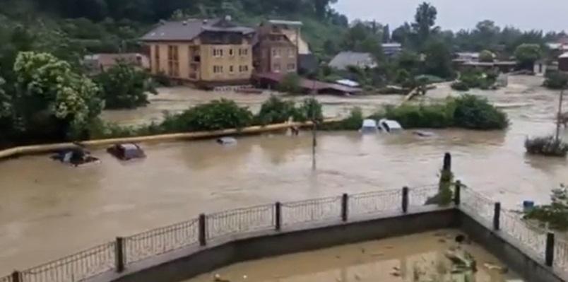 Сочі затопило / скріншот з відео