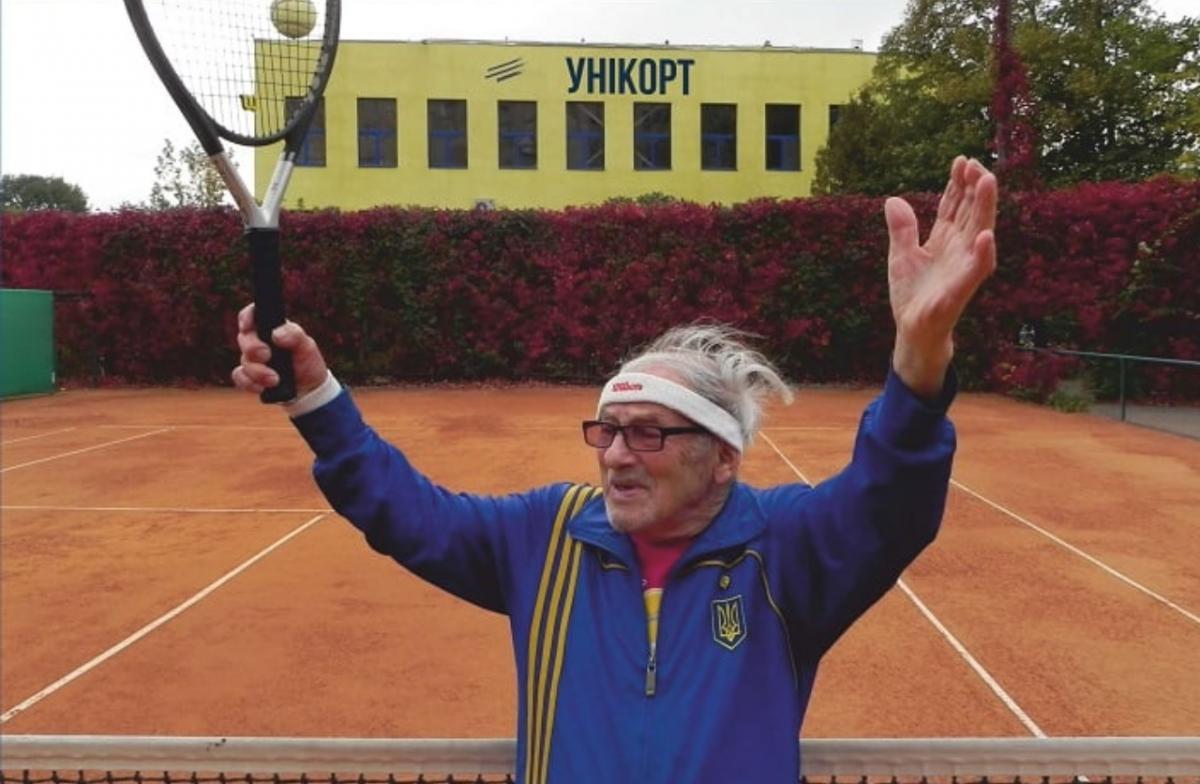 В свои 97 лет Станиславский готовится к чемпионату мира / Скриншот