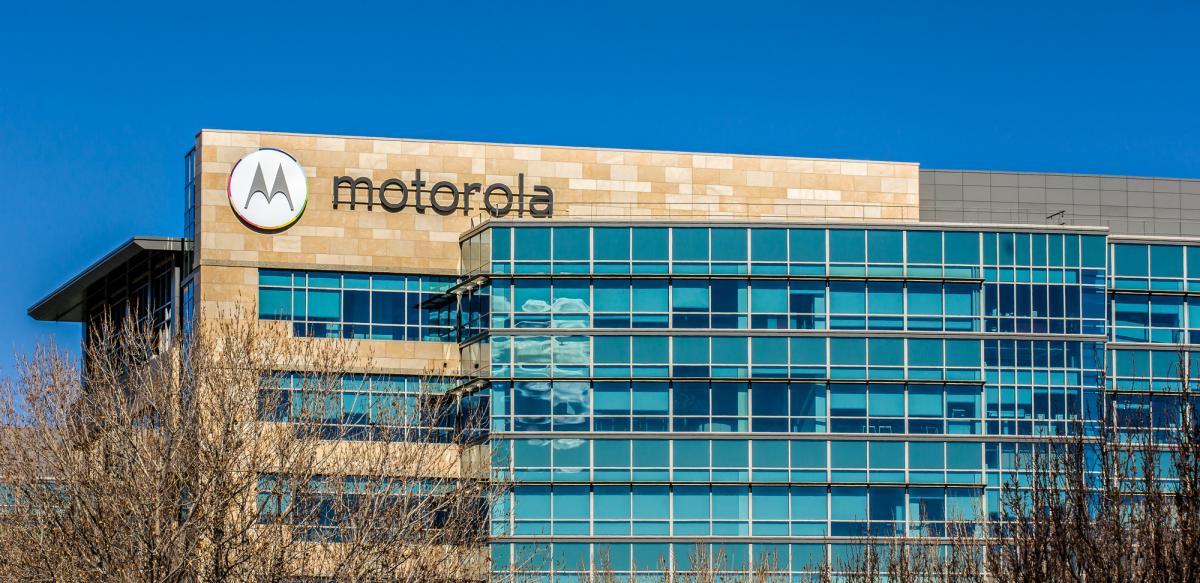 Производитель намекнул, что новый телефон будет поддерживать современные приложения, такие как Tik-Tok / фото - depositphotos.com