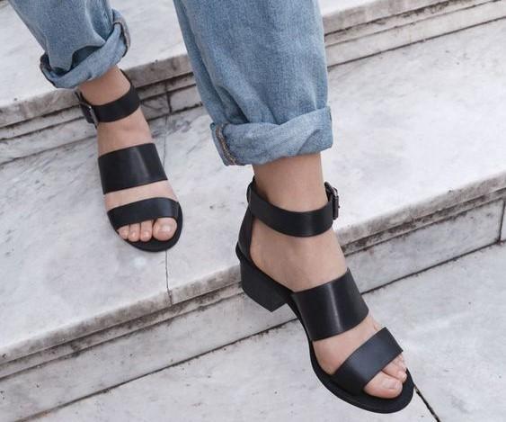 Какой должна быть обувь летом / pinterest.ru