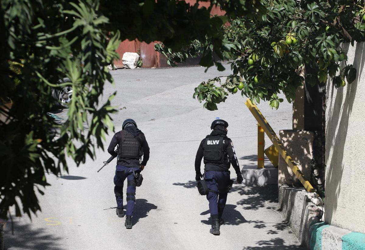 Предполагаемых убийц президента Гаити задержали \ фото REUTERS