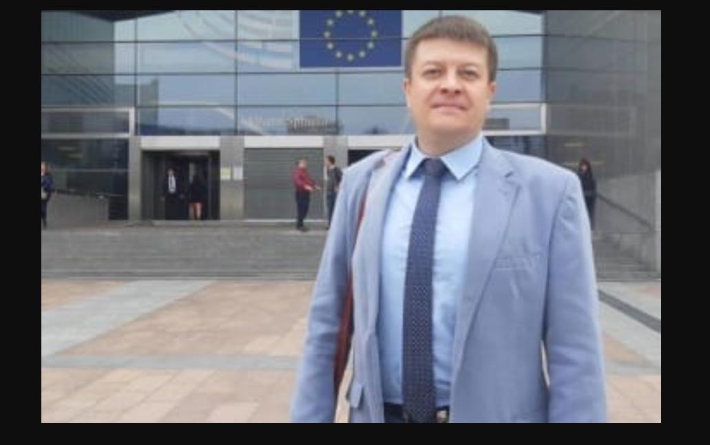 Journalist Andriy Lavreniuk / Facebook has died in France