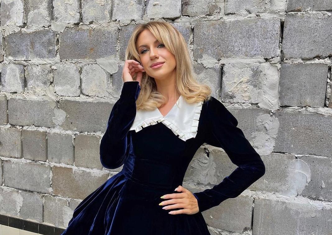 Нікітюк ледь влізла в латексну сукню / instagram.com/lesia_nikituk