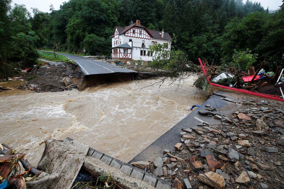 Германия пострадала от мощных ливней и вызванных ими наводнений / фото REUTERS