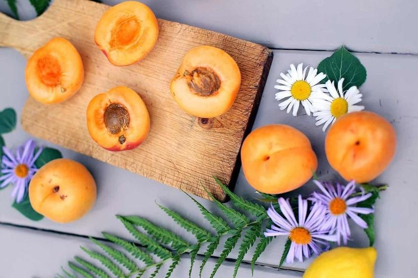 Польза абрикосов для организма / pinterest.ru