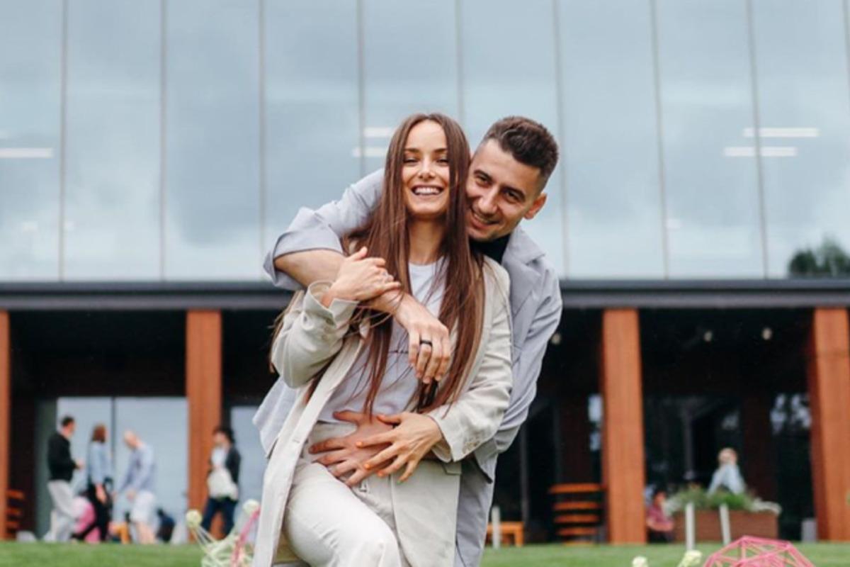 Мишина и Эллерт пытаются сохранить отношения / фото instagram.com/misha.k.ua