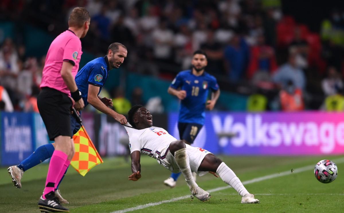 Епізод матчу Італія-Англія / фото REUTERS