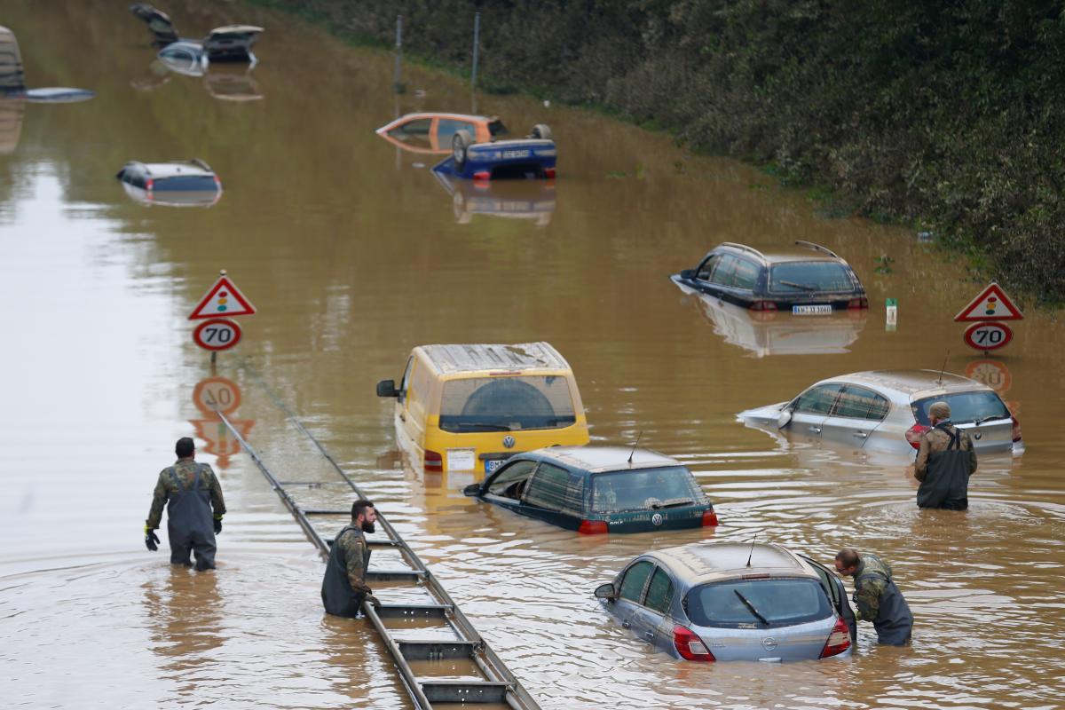 Экстремальные дожди будут выпадать чаще / фото REUTERS
