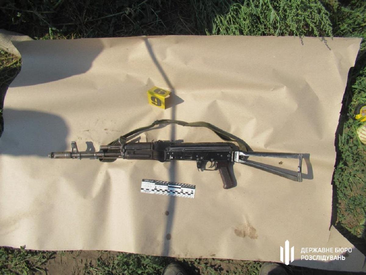 Оружие пограничников нашли неподалеку в кукурузном поле / dbr.gov.ua