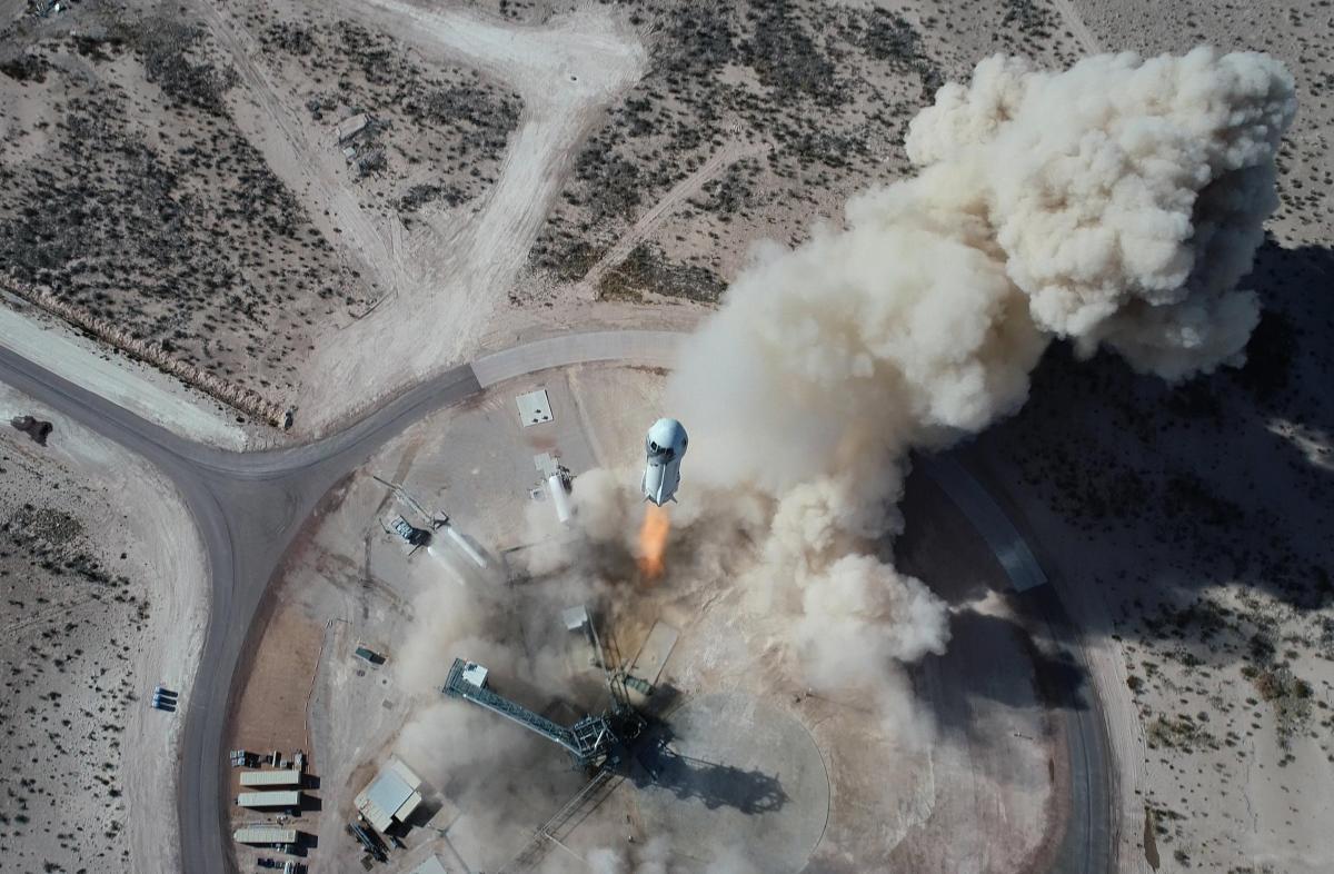 В США полет в космос еще не дает права называть себя астронавтом / blueorigin.com