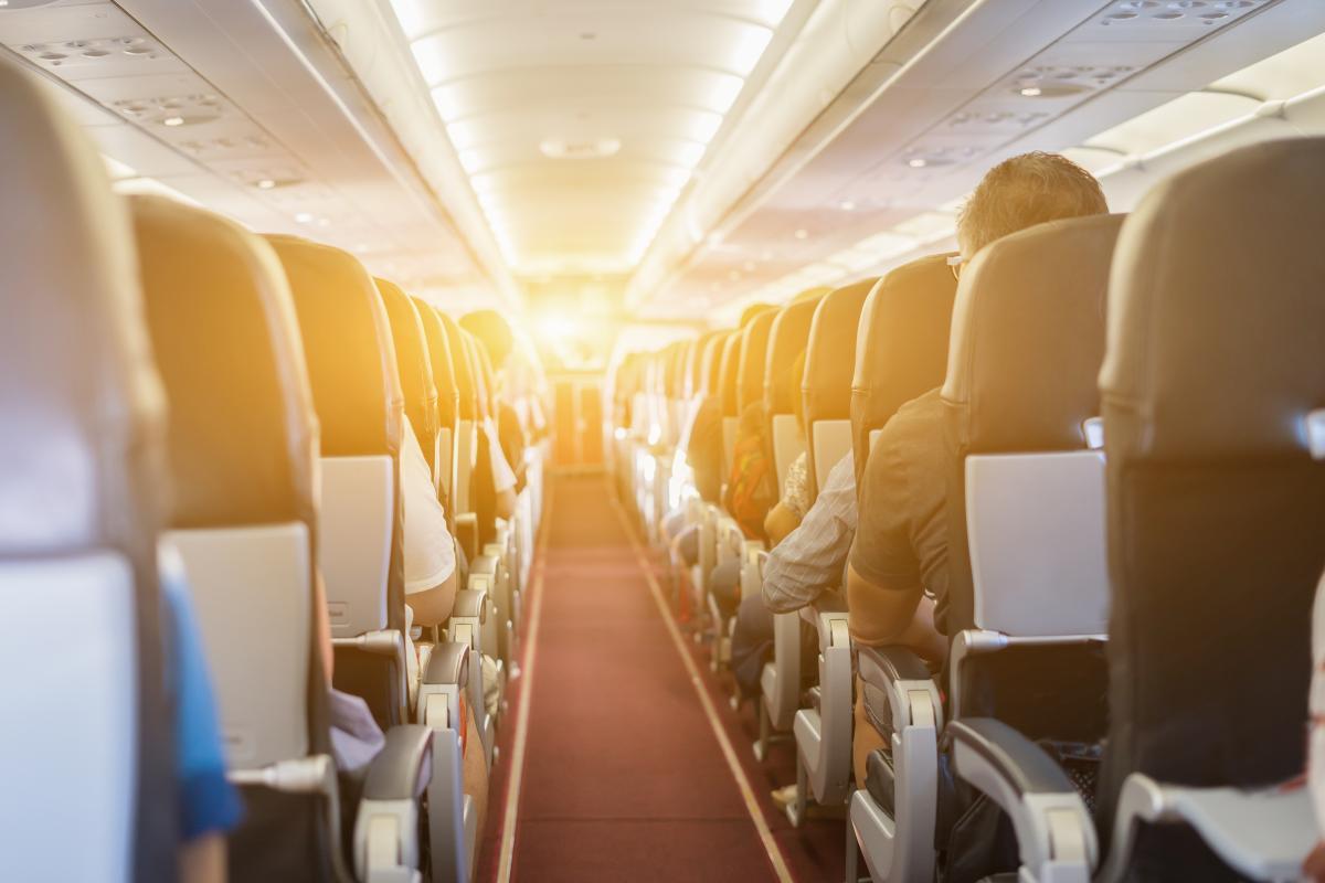 Какие места в самолете считаются комфортными / depositphotos.com