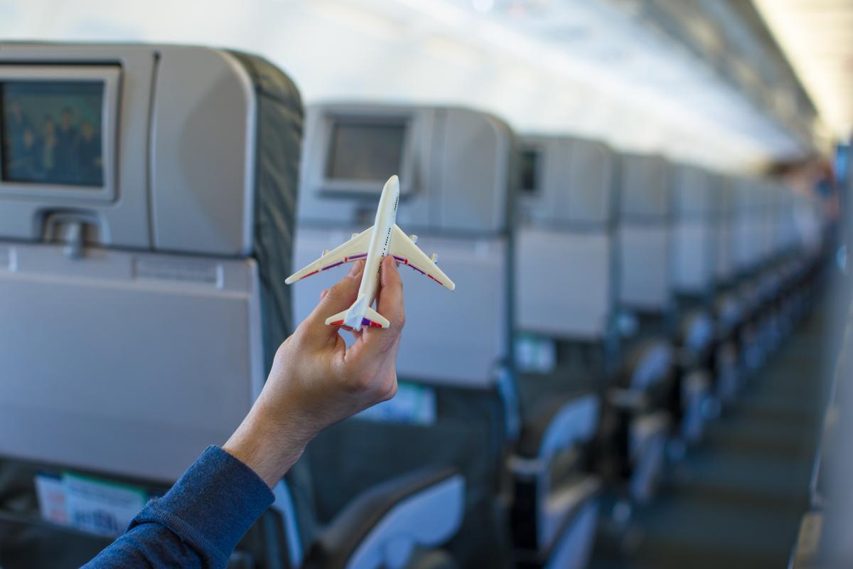 Наиболее комфортные места в самолете / depositphotos.com
