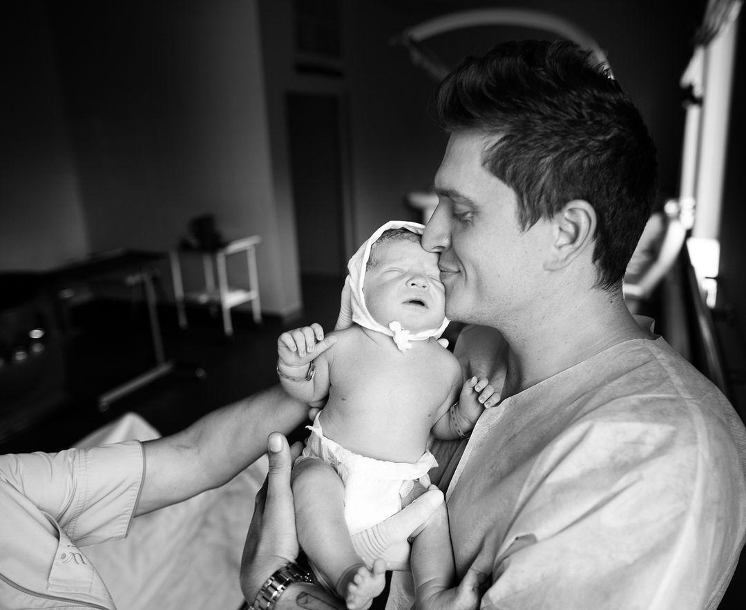 Новорожденный сын ведущего / фото - instagram.com/anatoliyanatolich