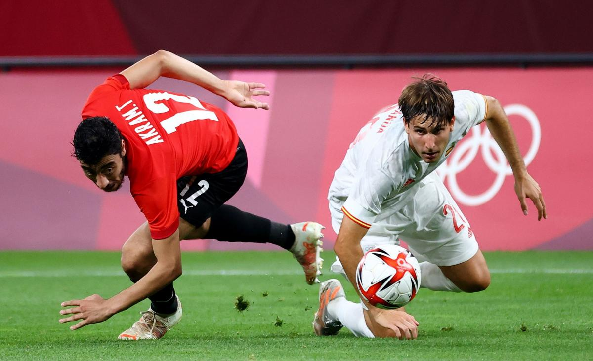 Египет и Испания сыграли в матче-открытии турнира / фото REUTERS
