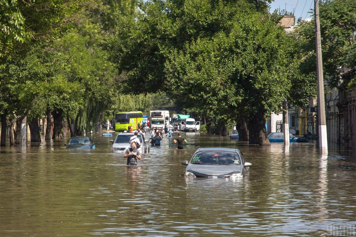 The streets of Odessa were flooded / photo from UNIAN, Alexander Gimanov