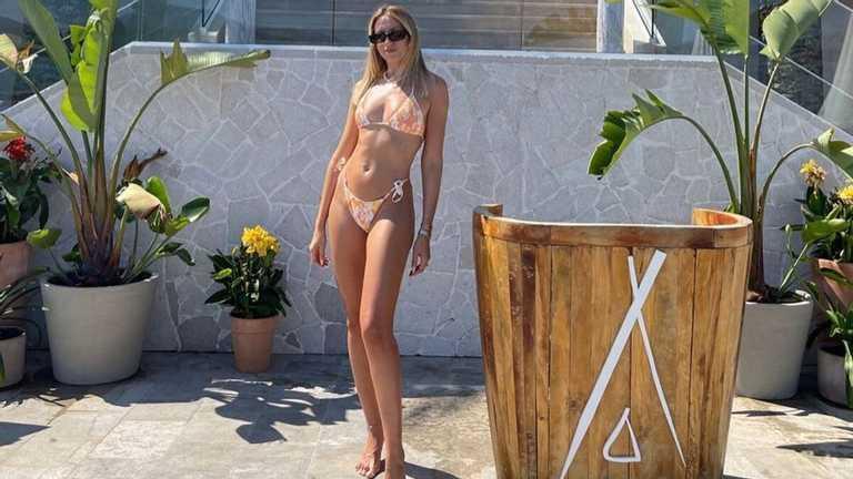 Леся Нікітюк вразила гарячим фото у бікіні / фото instagram.com/lesia_nikituk/