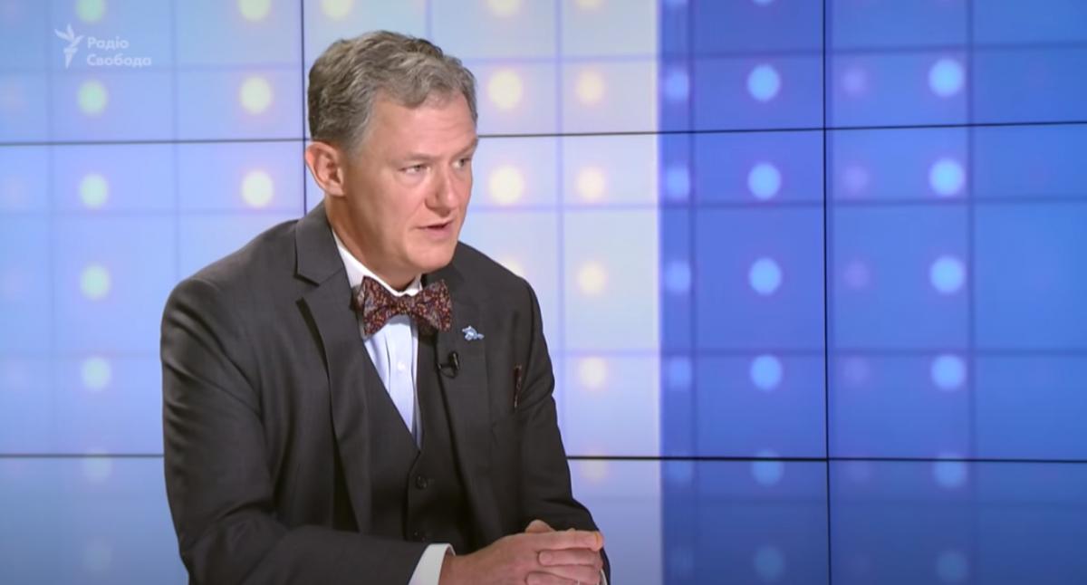 Джордж Кент володіє українською мовою / скріншот відео