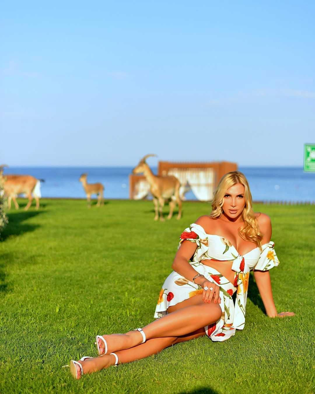 Ганні Гомоновій-35 / instagram.com/anna_gomonova_official