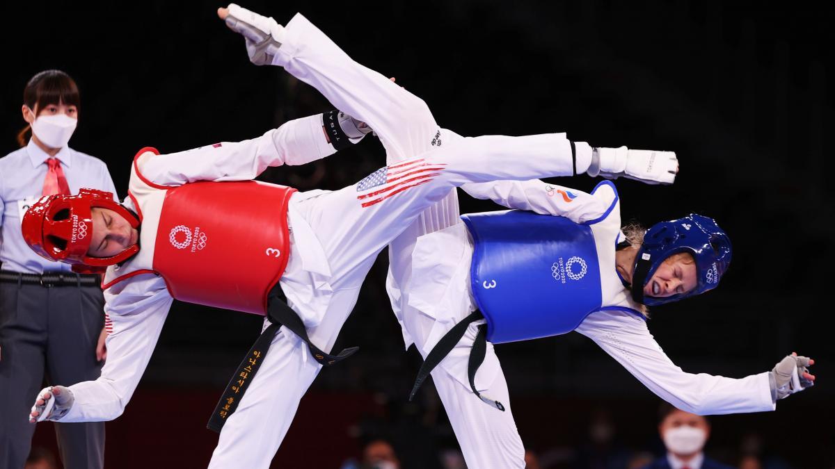 Американка Анастасия Золотич в финале с тхэквондо одолела россиянку Татьяну Минину / фото REUTERS