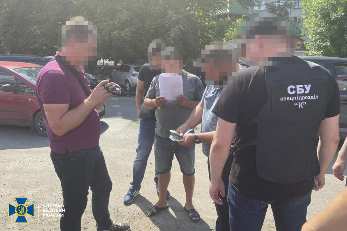 Схему организовали чиновники одного из военных гарнизонов Днепропетровщины / фото СБУ