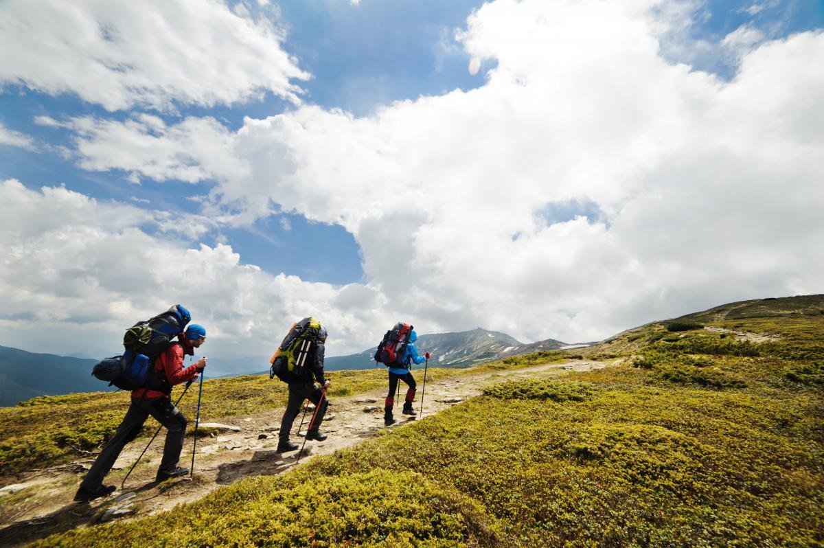Как подготовиться к походу в горы / depositphotos.com