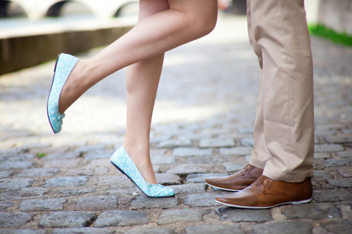 Пешая прогулка - самый недорогой вариант / фотоua.depositphotos.com