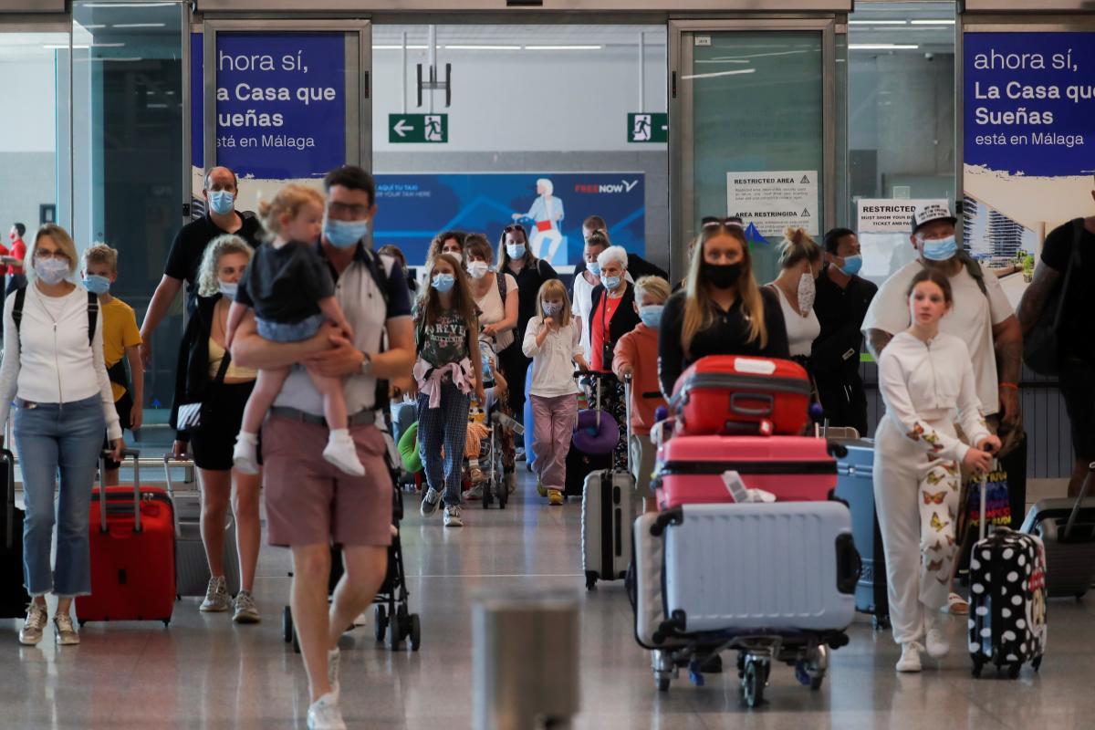 Ефективні заходи щодо стримування коронавірусу в Україні сприяли відкриттю європейських кордонів / фото REUTERS
