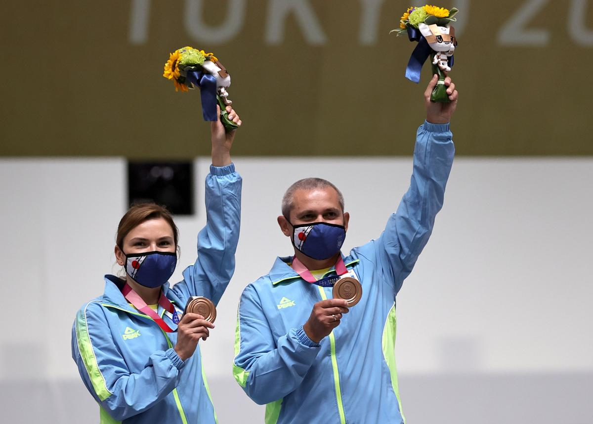 Елена Костевич и Олег Омельчук / фото REUTERS