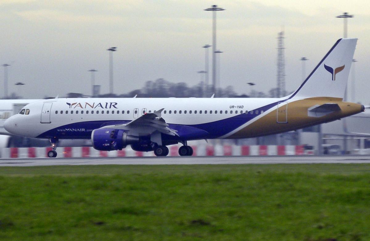 Український літак не зміг приземлитися в пункті призначення / фото riik@mctr у Flickr