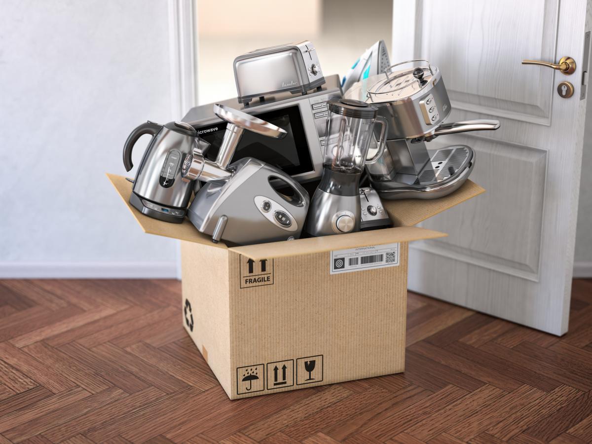 Теперь гарантию на приобретенный товар, как и эксплуатационные документы, можно получить в цифровом виде / фото: ua.depositphotos.com
