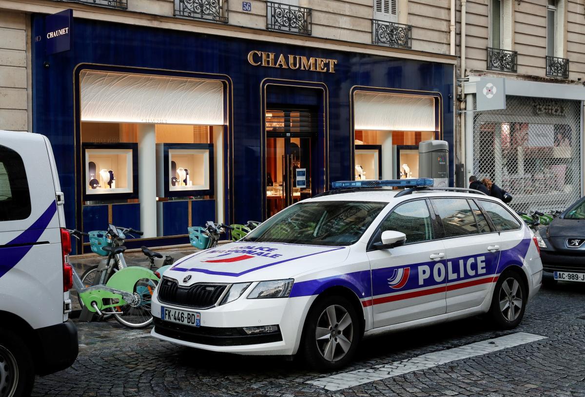 В центре Парижа ограбили ювелирный магазин / фото REUTERS