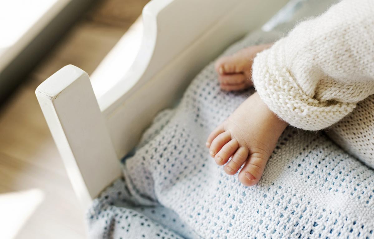 У девочки и ее мамы врачи подтвердили COVID-19 / фото ua.depositphotos.com