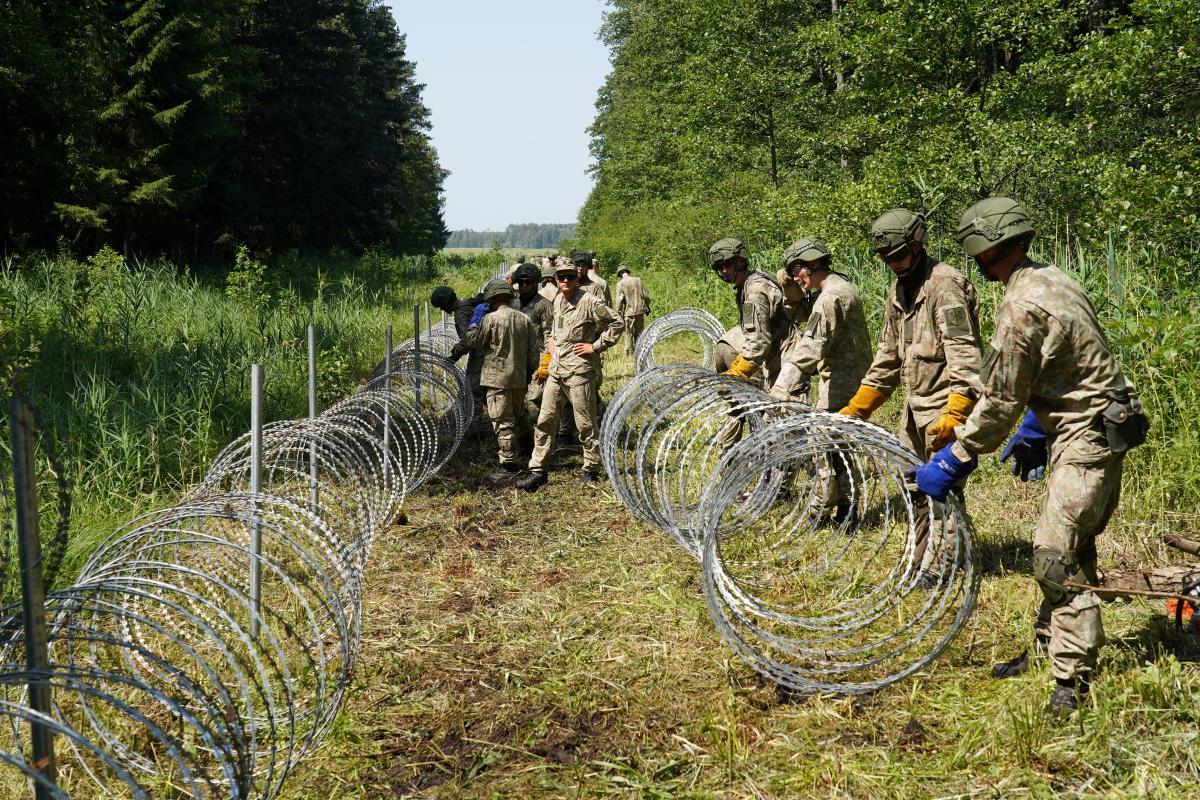 На сегодня существует проблема ресурсов. Сейчас получили 100 км проволоки из Эстонии, уже есть контракт с Украиной / Фото: REUTERS