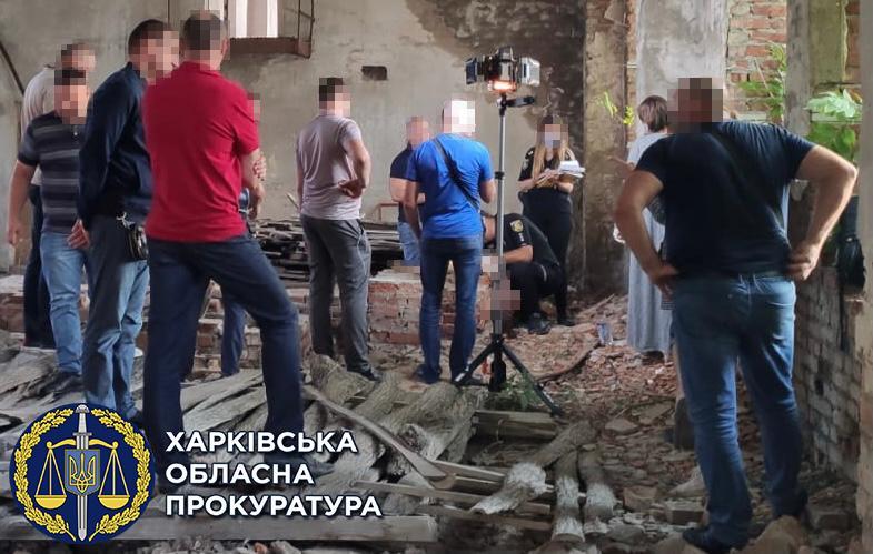 Тіло дівчинки знайшли у ніч на 29 липня у закинутому будинку/ фото khar.gp.gov.ua