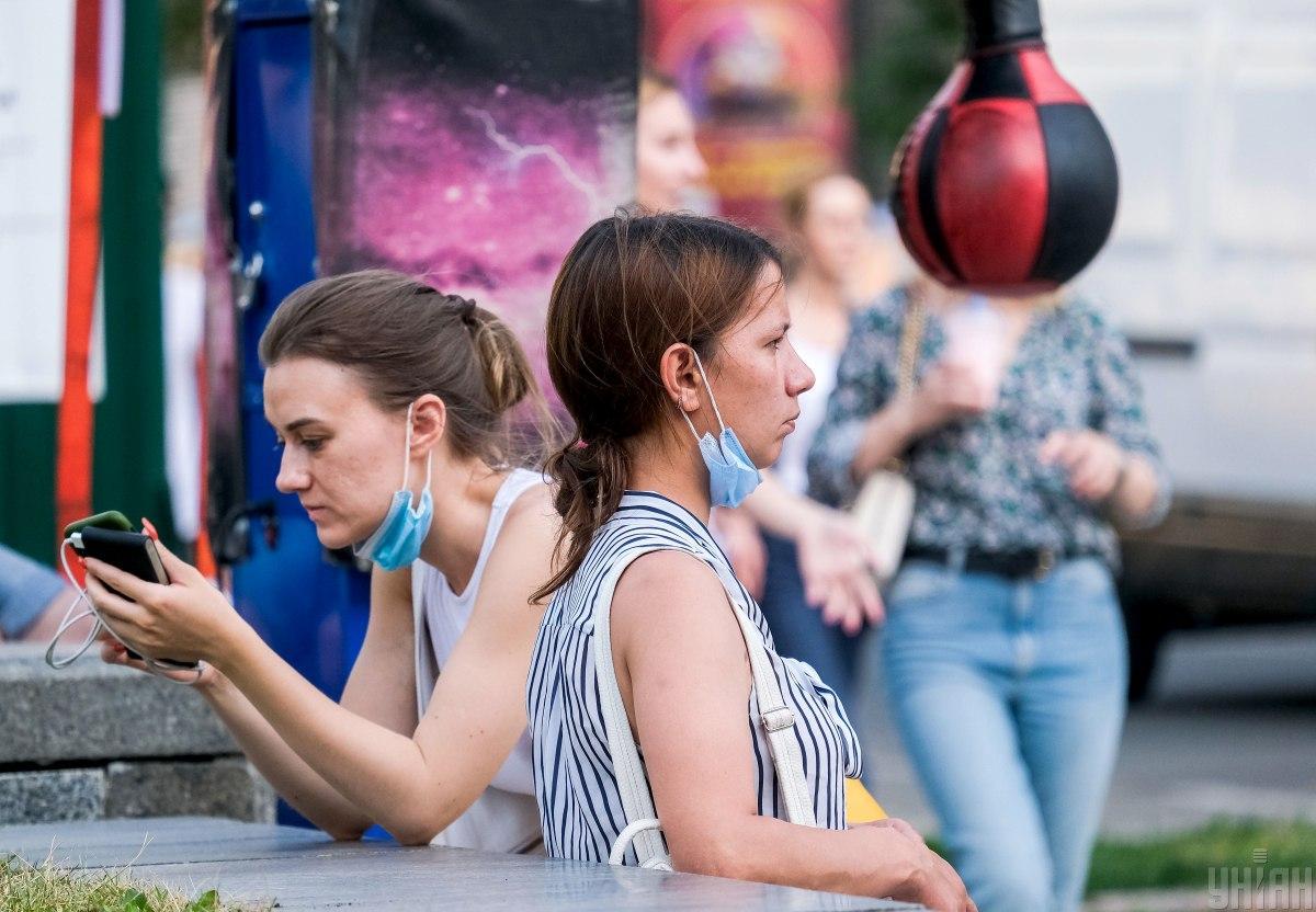 За весь час пандемії в Україні захворіли 2 252785 громадян / фото УНІАН