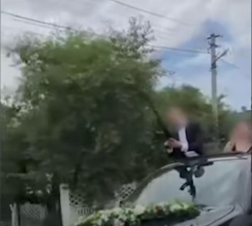 Полиция задержала жениха-дебошира / скриншот