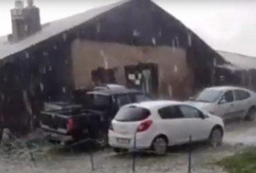 Величезний град в Італії пошкодив сотні автомобілів (відео)