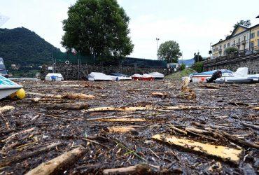 Италию накрыл страшный шторм: озеро вышло из берегов, начались оползни (фоторепортаж, видео)