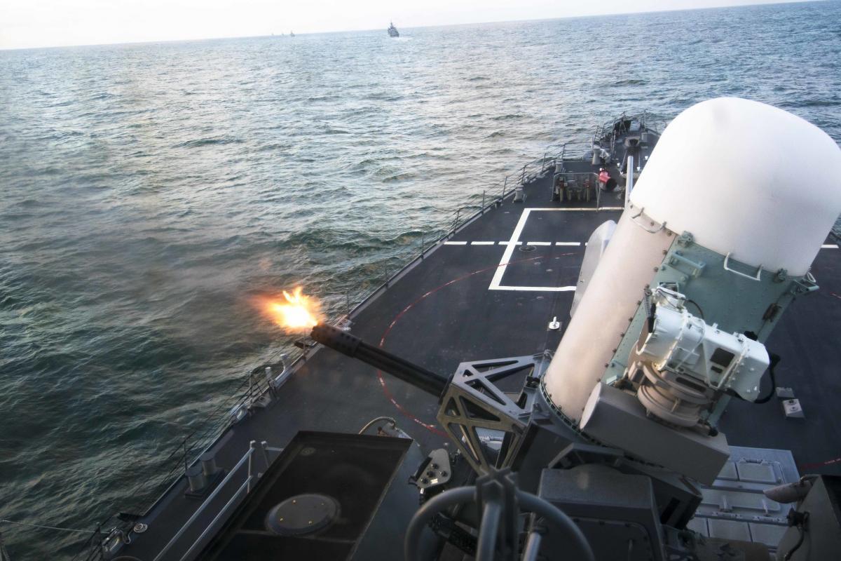 США не готові стріляти по російських літаках першими / фото Official U. S. Navy Page уFlickr